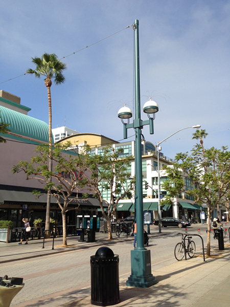 Before | after of street lighting enhancements on Third Street Promenade